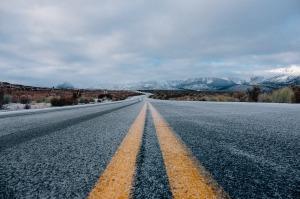 road-690087_1280